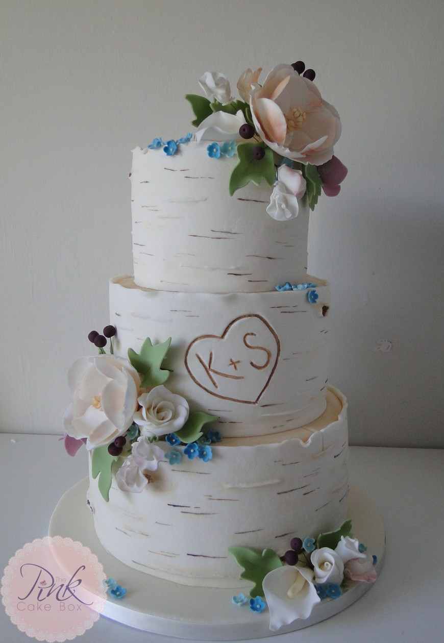 silver-birch-wedding-cake